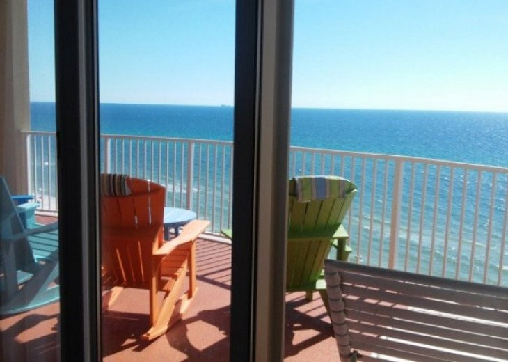 Family Friendly Ocean Front Condo #1