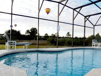 Private Pool, BBQ,WiFi, Game Room, No rear neighbors, TV in all rooms