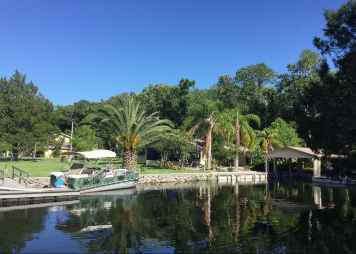 Homosassa Waterfront PARADISE! Private HOME, DOCK, KAYAKS weekly/monthly rates #1