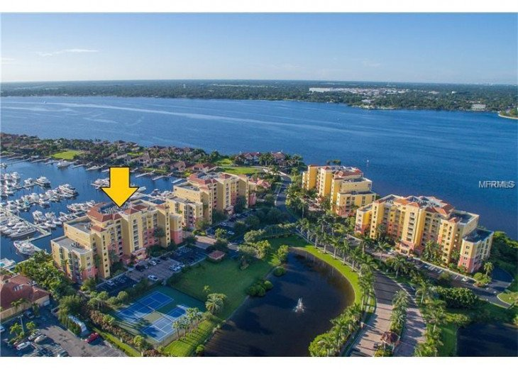 UPSCALE LIVING STUNNING UNIT SWEEPING BAY VIEWS #1