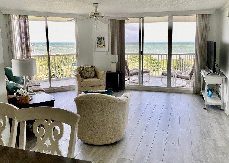 Beachfront -Spacious, Bright, Clean and Serene Luxury Ocean Condo #1