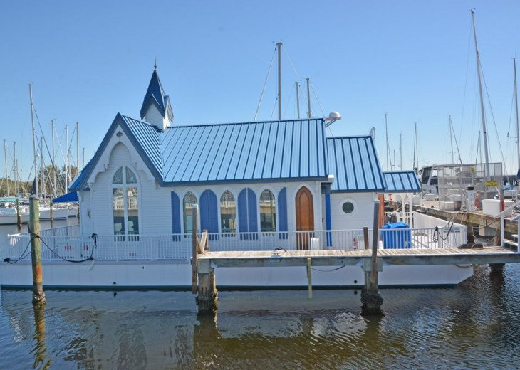 Waterfront floating home at a marina with pool, jacuzzi, two restaurants & more #1