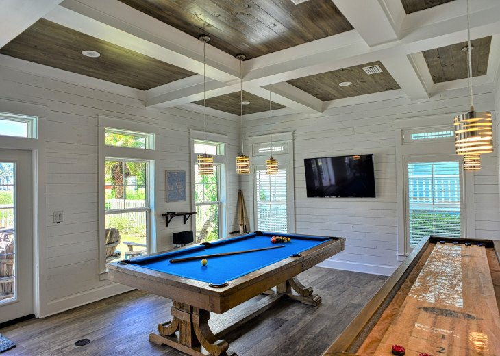 Pool table AND shuffleboard table, quality time together