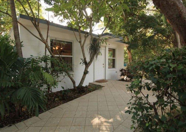 Keys Kottage; Remodeled Villa in Native Hammock on Florida Bay #1