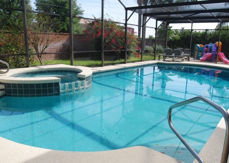CLOSE To Disney * HUGE Pool/Spa * GameRm * Free WiFi *Private Yard, Themed Rooms #1