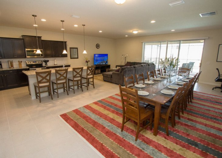 9 Bedroom Home in Gated Community With Pool- Windsor at Westside #1