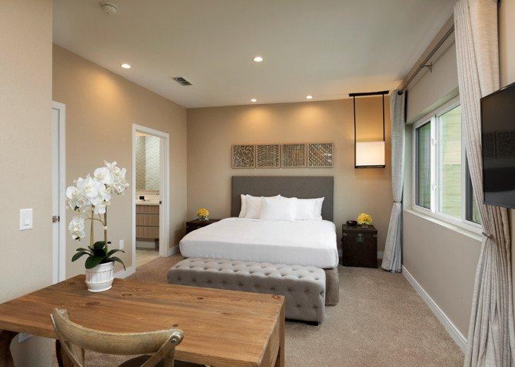 Fabulous 3 Bedroom Deluxe TownHouse at Magic Views Near Disney #1