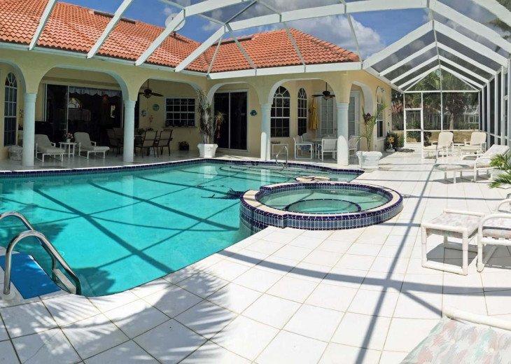 CapeCoralRentalHouses House 44 - Tropical Bay #1