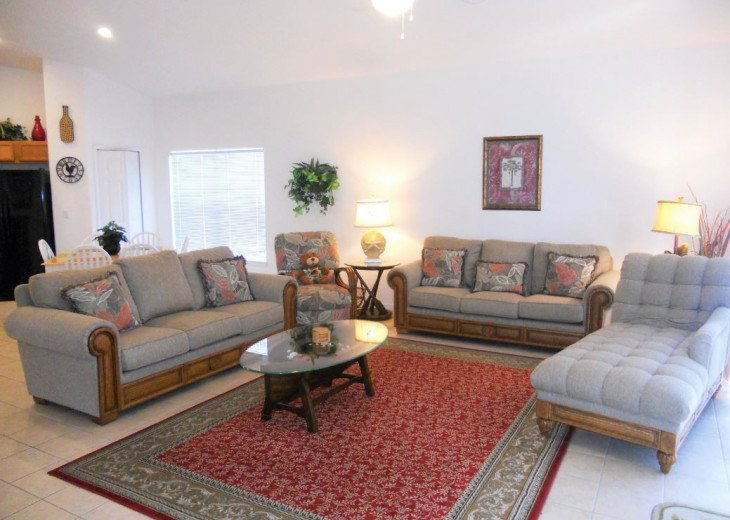 Be Charmed by this Beautiful Family Villa!!! Vizcay, Davenport 4BR / 3.5BA #1