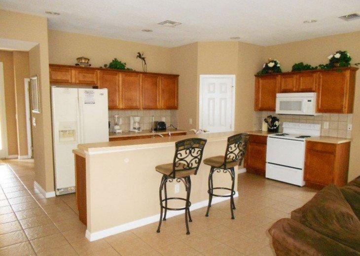 102T- 4 bedrooms and 4.1 bathrooms in Davenport, FL #1