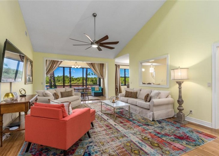 Beautiful second floor condo with lake view