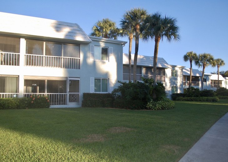 Newly Remodeled Monthly Parkshore Rental #1