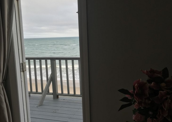 Oceanfront Seductive Master Bedroom Suite Private Intimate Covered Ocean Porch