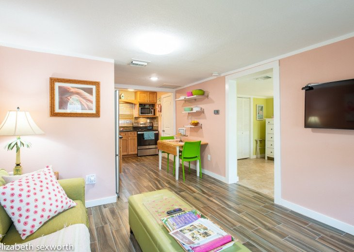 Flamingo Cottage Tropical Retreat #1