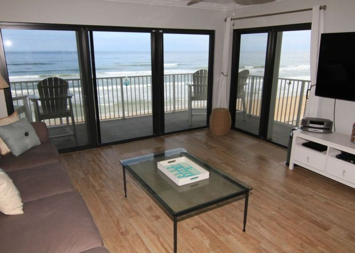 Awesome Direct Oceanfront, Total Update, King & 2 Full, Sleeps 6, No-Drive Beach #1