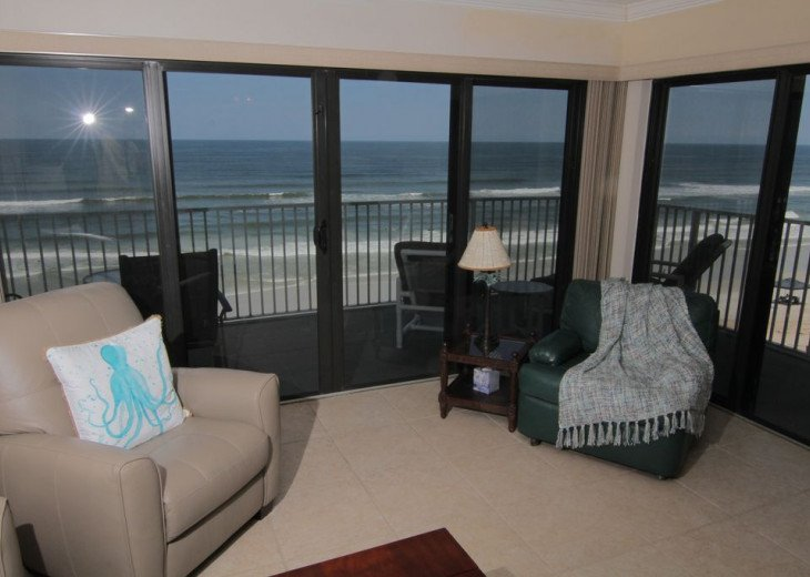 Pelican Path, Relaxing Beachfront Condo, 6th Floor Views, No-Drive Beach! #1