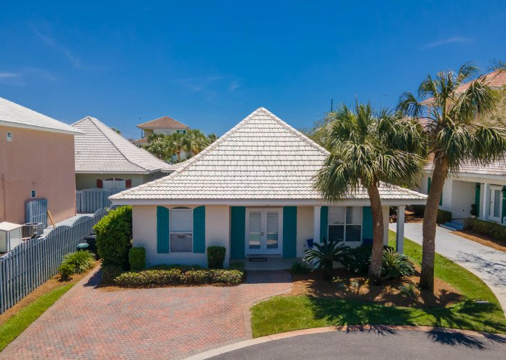 7 Seas~ in Gated Emerald Shores with 2 Pools, 1 heated, tennis, Private Beach #1