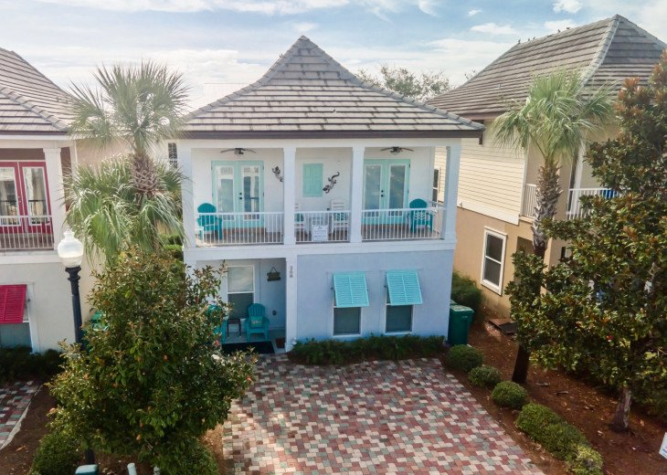 Dock Holiday~ Impressive Beach Retreat Has All Your Getaway Necessities Covered! #1