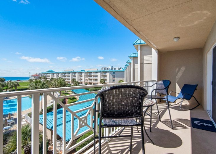 Rose`s Leg A Sea ~ Stunning Condo with Fabulous views of the Emerald Waters #1