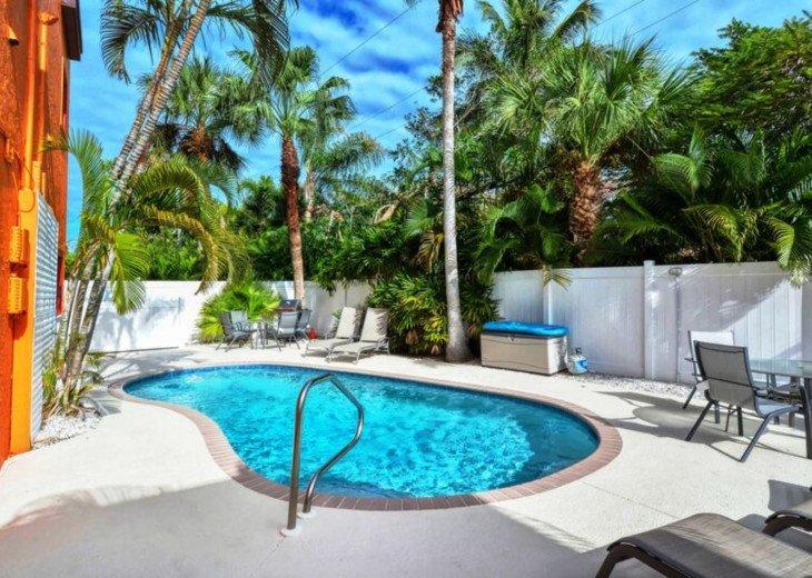 Garden Apartment of Siesta Key Townhouse - Heated Pool -Siesta Key Unit 1BR 5241 #1