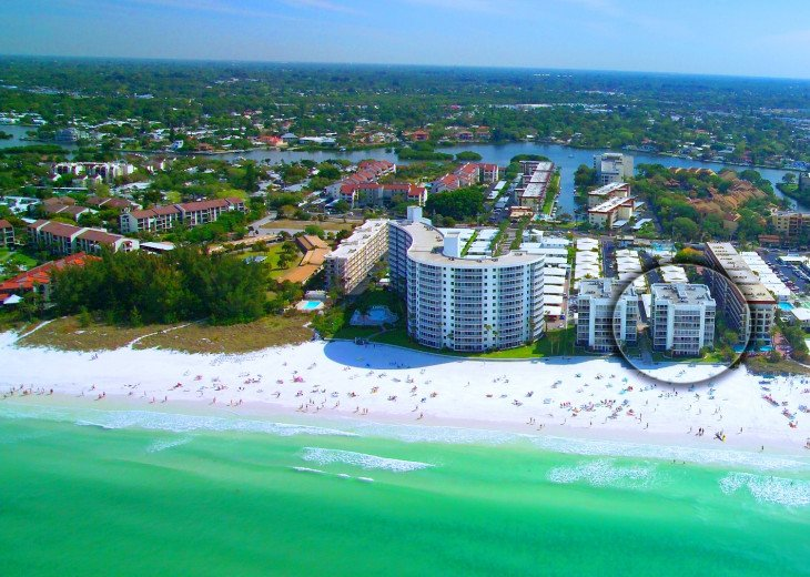Aerial view of Crescent Arms on Crescent Beach