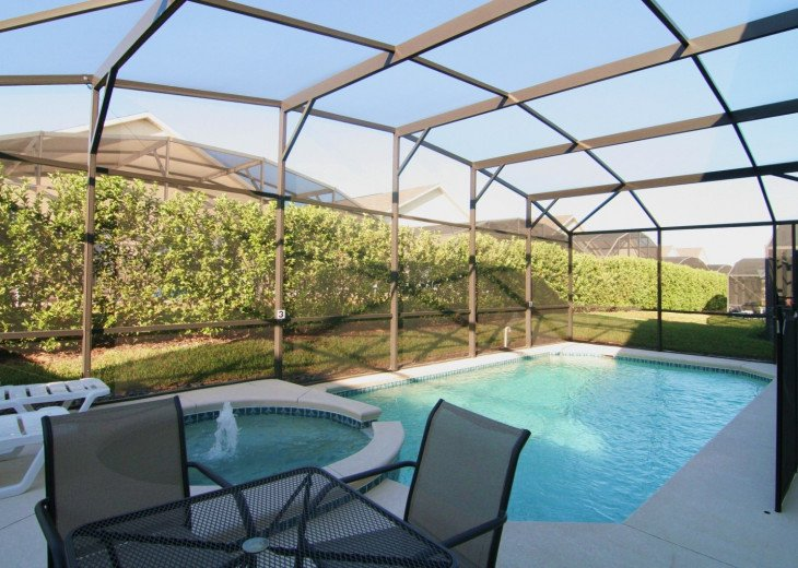 Two master suites, 4 bed rooms, 3 bath, Pool/SPA,Game Room,WiFi,Resort #1