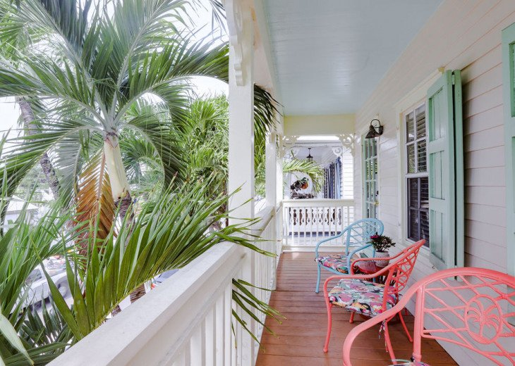 Tropical Old Town Bungalow - Great Location to Beaches and Duval! #1