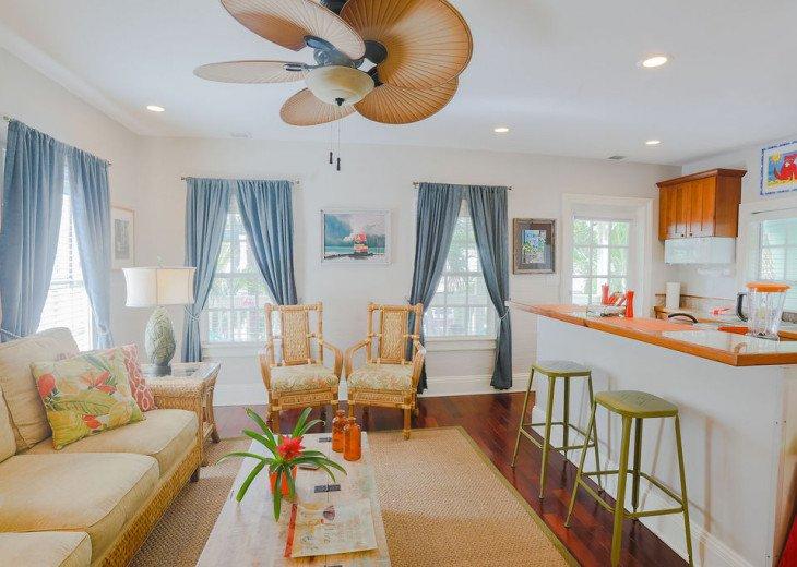 Tropical Livingroom