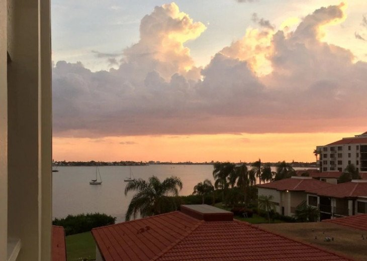 Great Prices-Perfect location- Wonderful Condo at Isla Del Sol, Bahia Del Mar #1